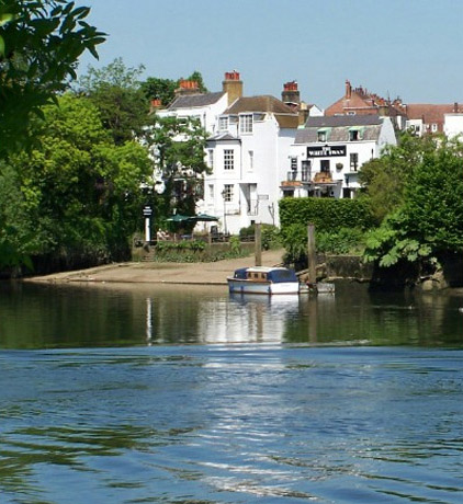 Exclusively Marketing Riverside, Island And Floating Homes From Kew To  Windsor.